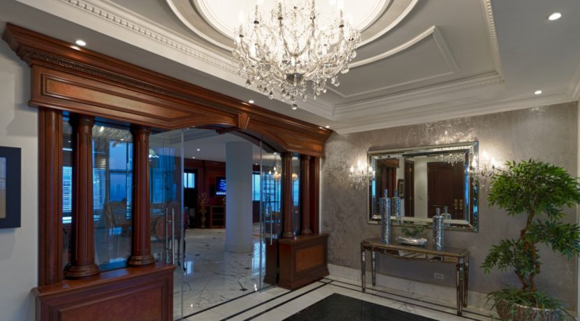 Panama Penthouse entrance 3