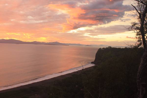 COSTA RICA – Beautiful CLIFF TOP WHITE WATER OCEAN VIEW Property