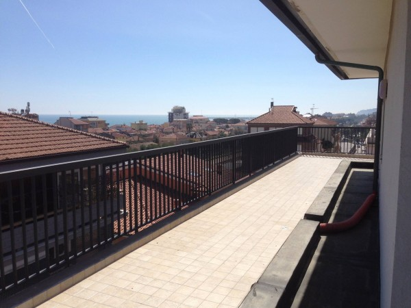 Penthouse on the 6th and last floor with 360 degree view