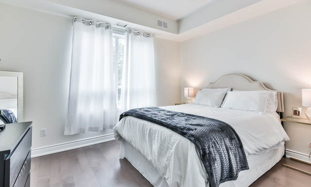3170 Erin Mills- Master Bedroom2