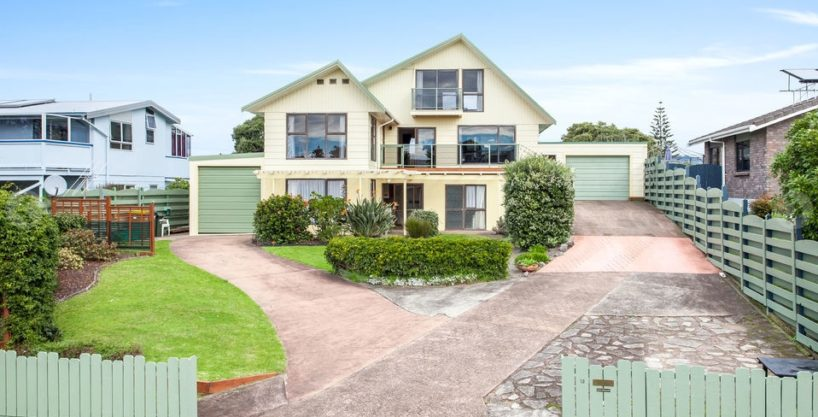Home and Income at New Zealand's most loved beach!