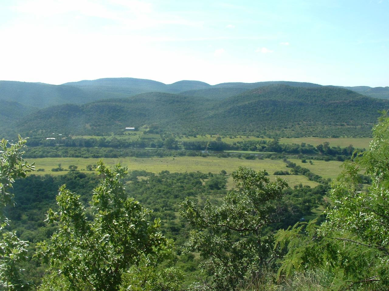 beautiful-farm-in-vredefort-koepel-in-south-africa-2