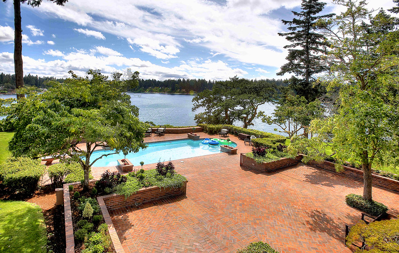 gorgeous-lake-front-estate-washington-4