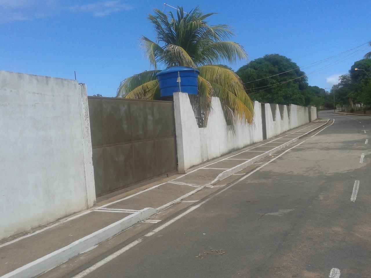Venezuela / Anzoategui / Soledad / near Orinoco River Angostura Bridge