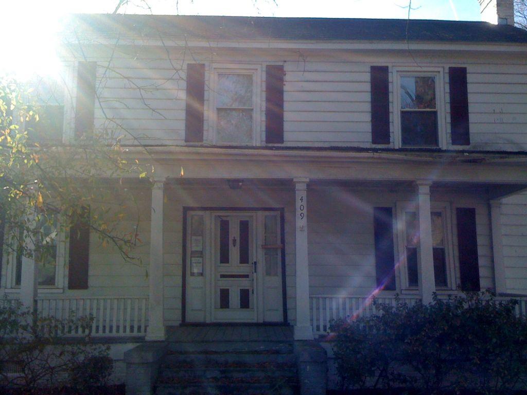 4/2 Distressed Foreclosure Property in North Carolina, USA