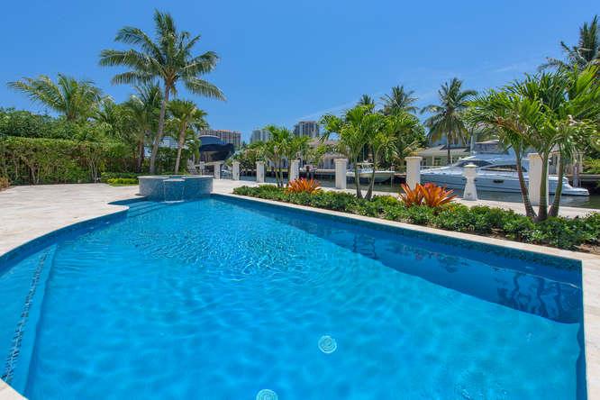 2624 Sea Island Dr Fort-small-011-4-Pool-666x445-72dpi