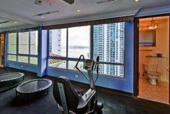Panama Penthouse gym 1