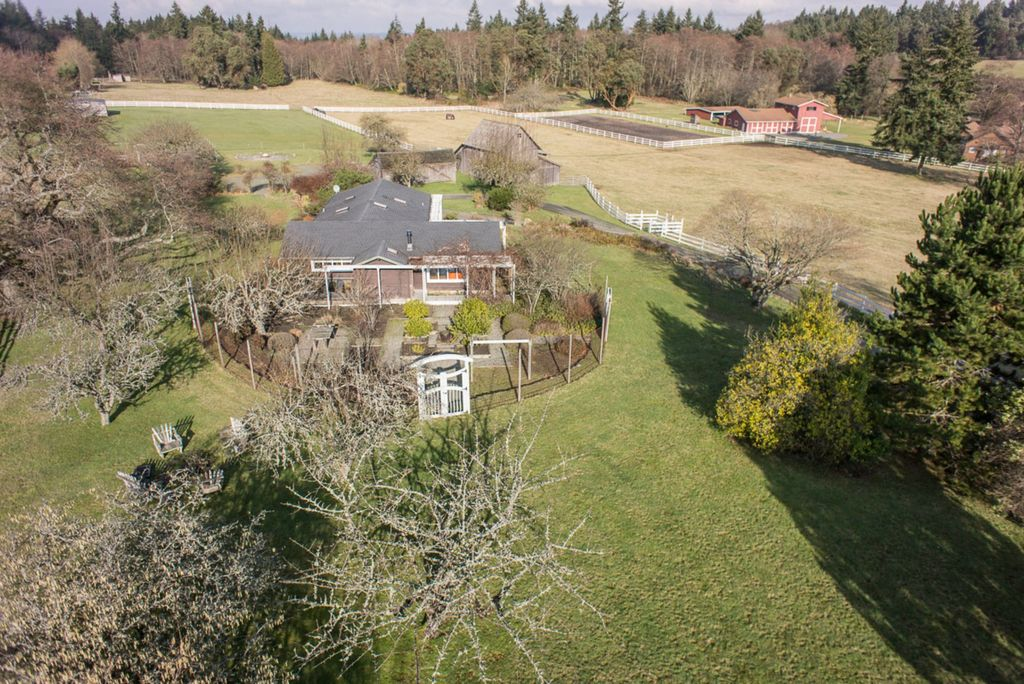 20 acre Ranch near Seattle, WA