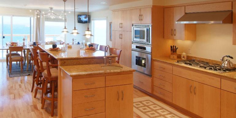 the-shores-sw-coast-kitchen-1