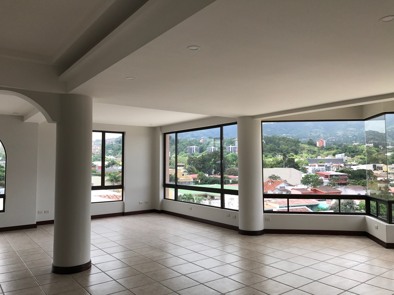 Escazu's Best Appointed Penthouse / Guaranteed with Stewart Title