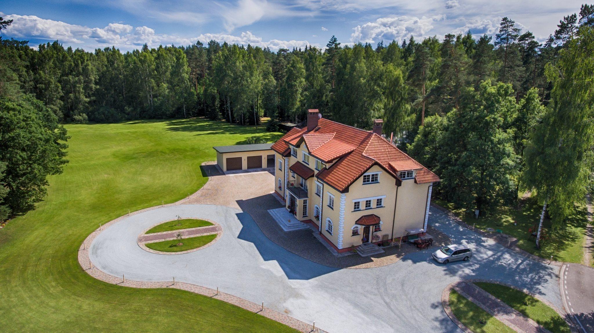 Beautiful acreage with House – Latvia
