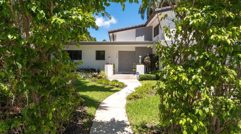 2388 Prairie Ave Miami Beach-large-001-DSC 2485-1500x1000-72dpi