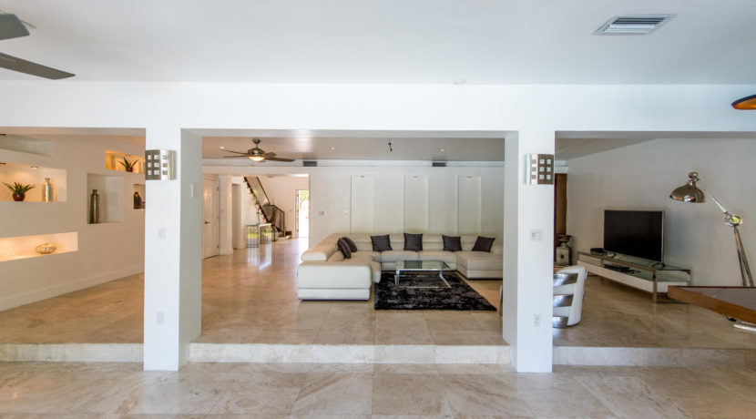 2388 Prairie Ave Miami Beach-large-013-DSC 2443-1500x1000-72dpi
