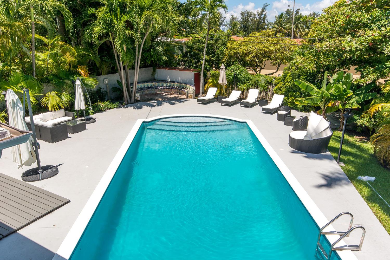 Miami Beach Luxury Villa – South Beach 4000 Sq FT 5 Bedrooms – 380m2