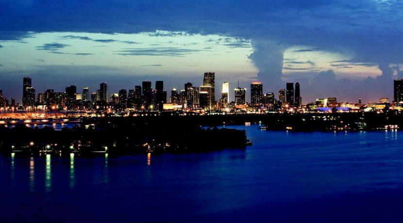 Miami_magazine_artic