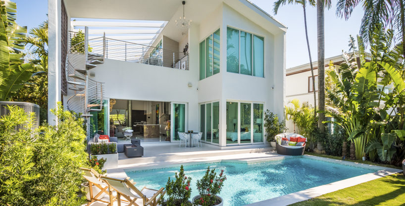 Stunning New Construction in Prime Miami Beach Golf Course Country Club Rooftop Patio with Jacuzzi