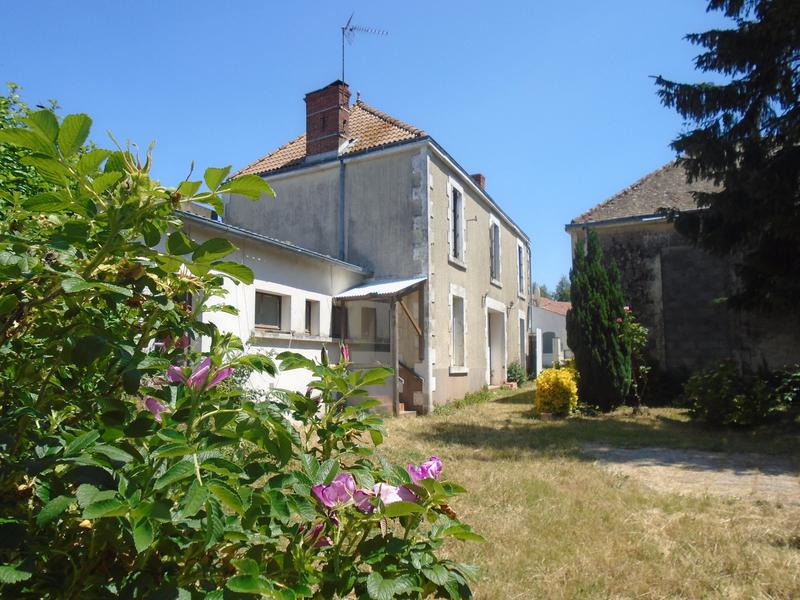 4 Bedroom beautiful 100 year old stone house in France