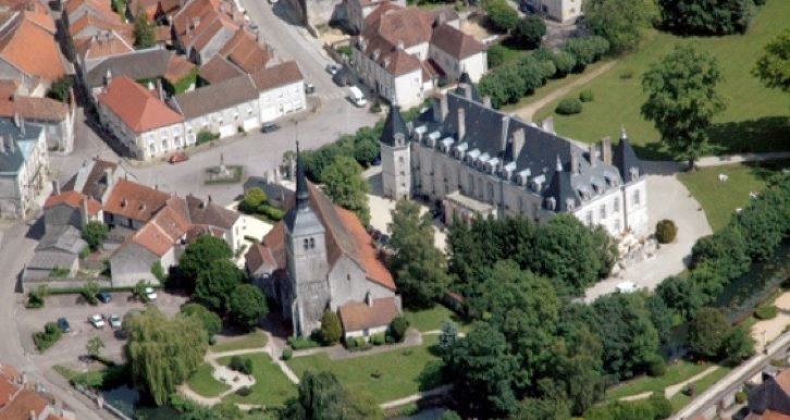Chateau Aerial view