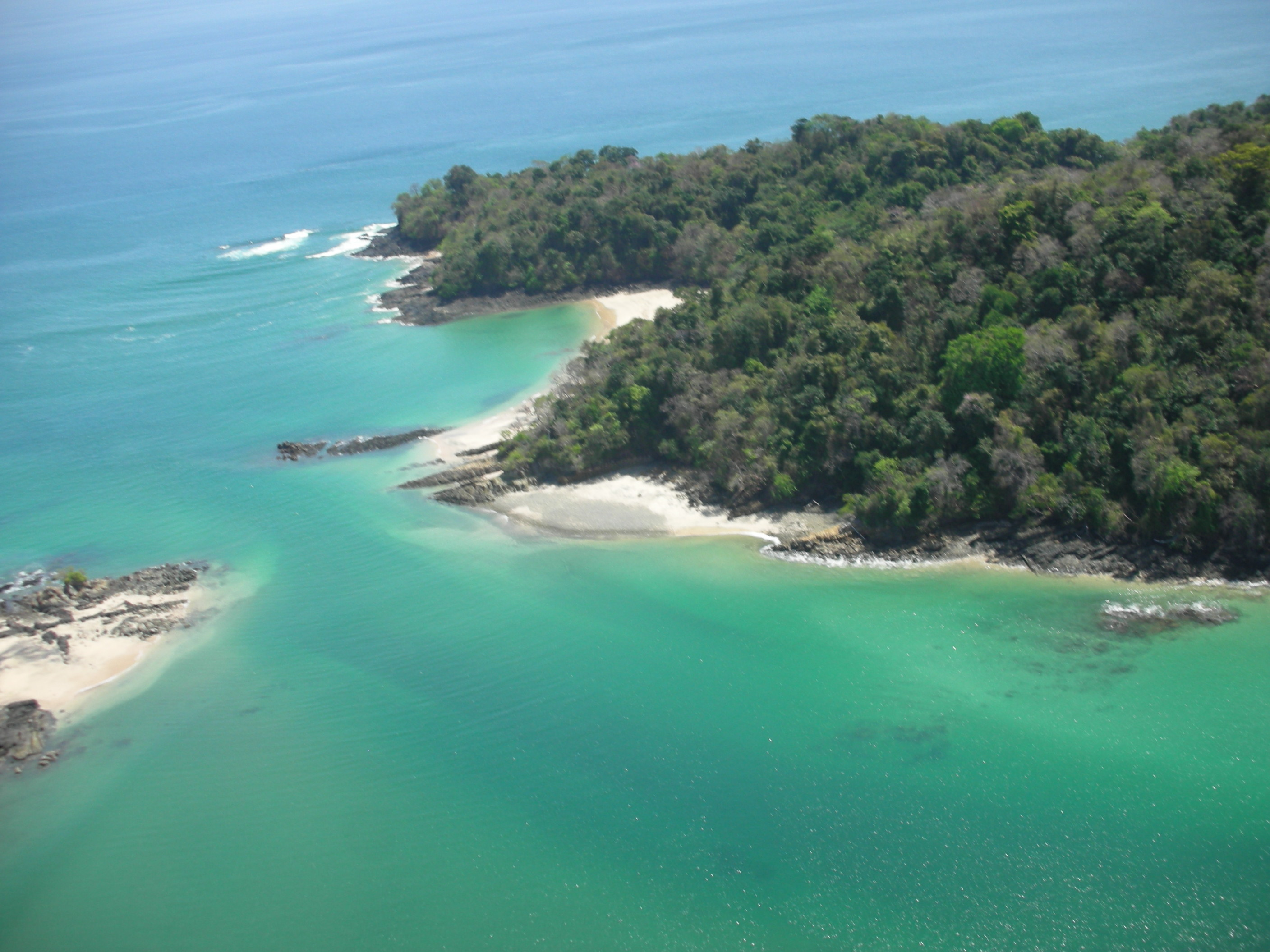 160+ acre tropical Island