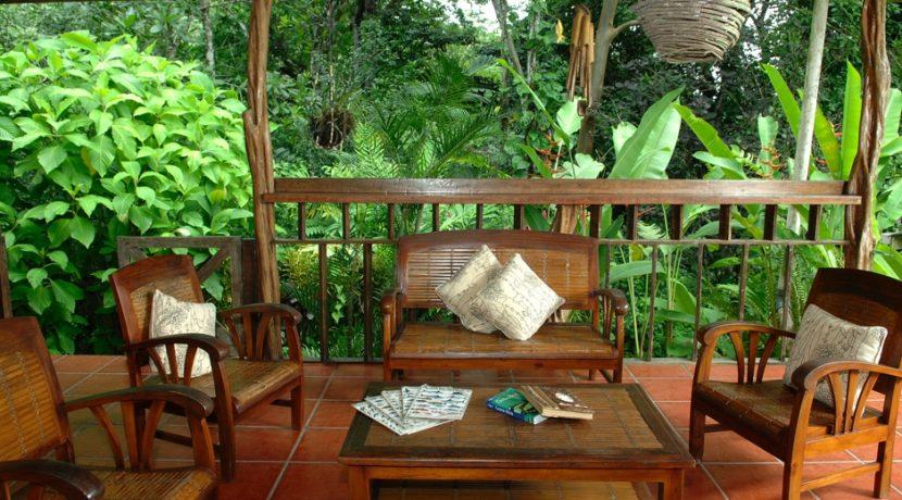10 lounge2