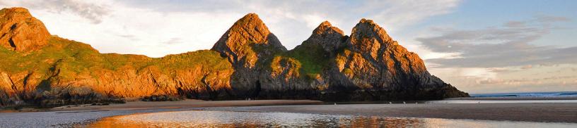 3 cliffs
