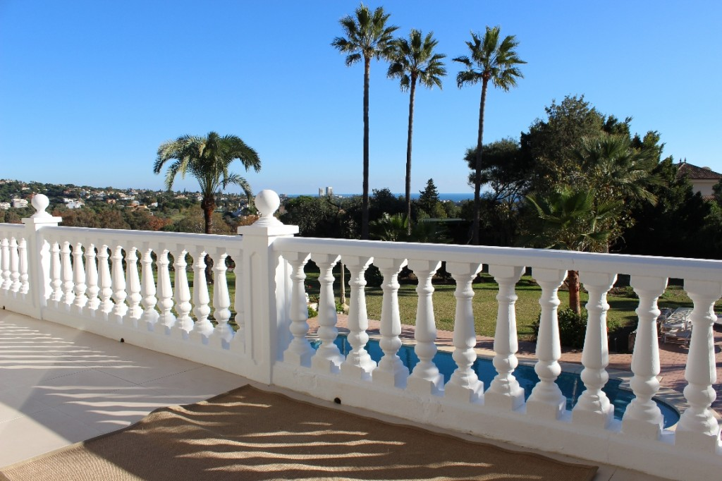 Marbella Spain – Great villa with sea views and sun all day
