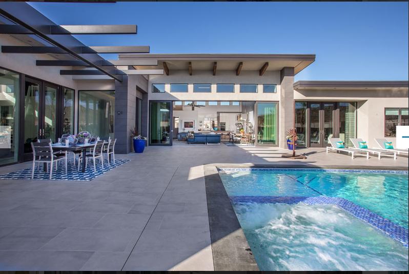 Luxurious Desert Resort