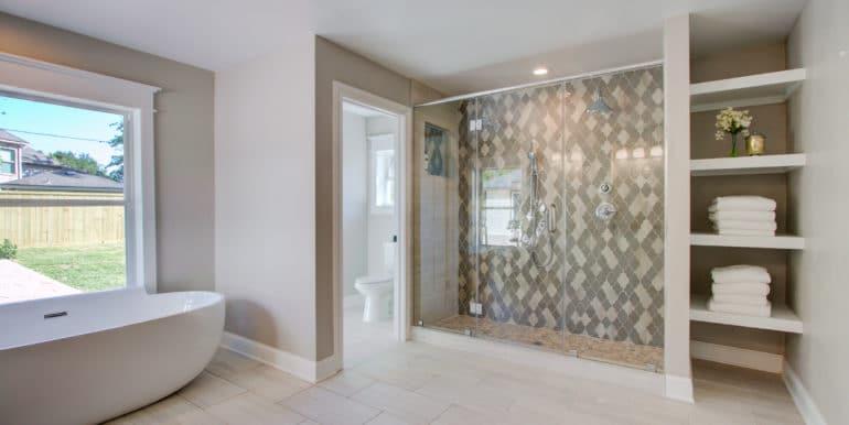 Master Shower2