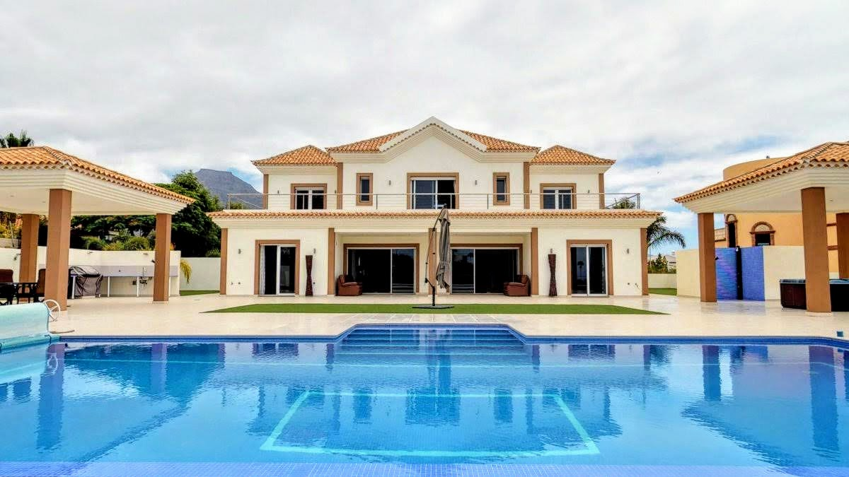 Luxury Villa in Tenerife Island