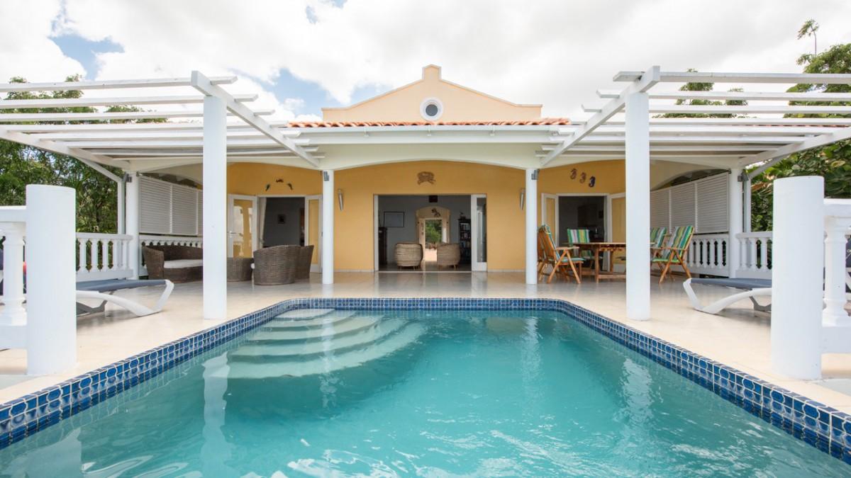 Villa in the Caribbean