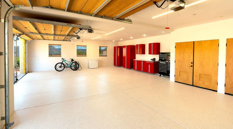 29-Garage 1600 Wide 100%