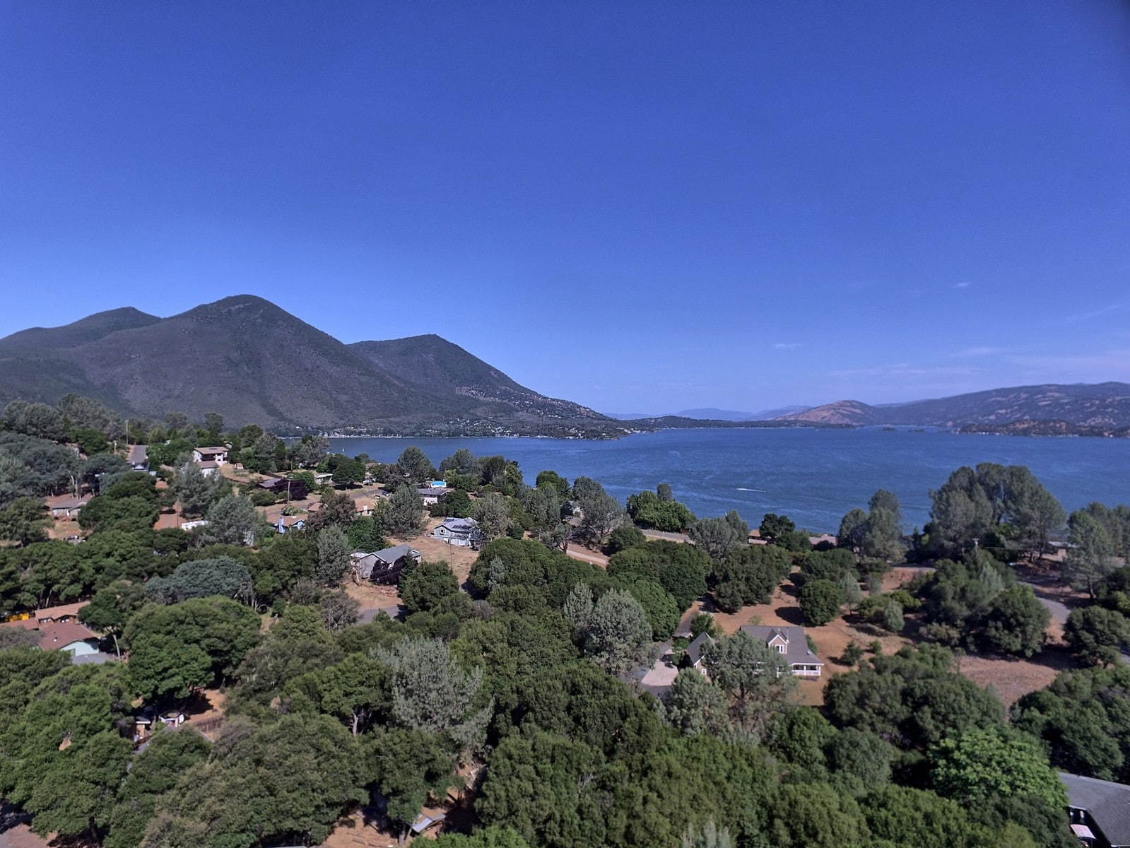 Amazing lake and mountain views in Northern California's Wine Country – .61 acres